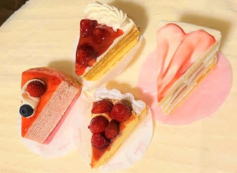 いちごフェア開催中のコ―ジーコーナーのケーキを食べ比べしてみた!